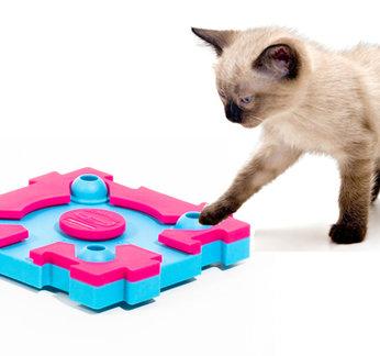 Cat MixMax Puzzle A. Vaikeusastetta 1